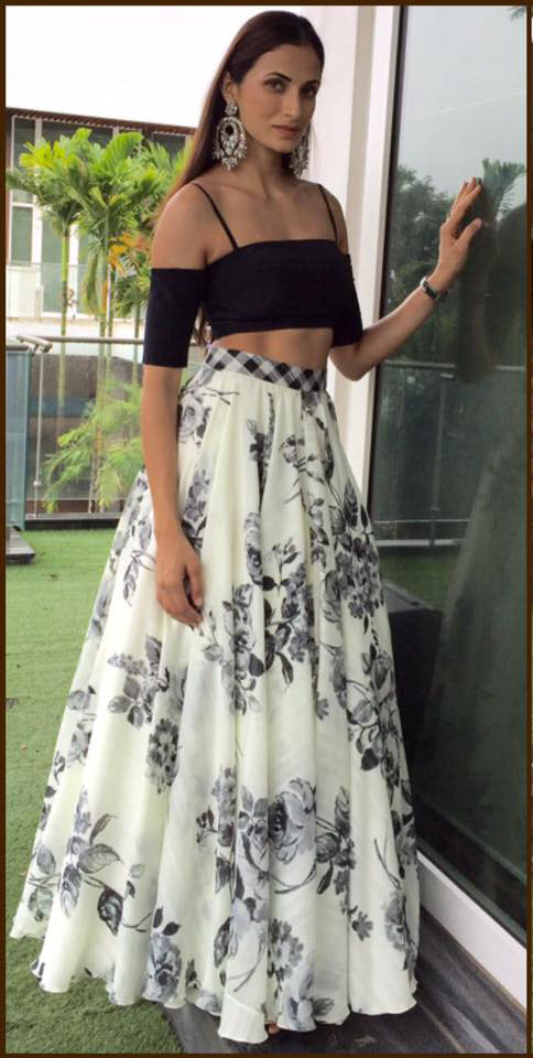 Shilpa Reddy in Skirt and Crop Top