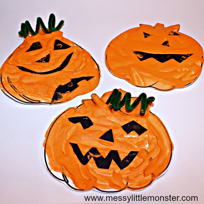 puffy paint halloween craft for kids