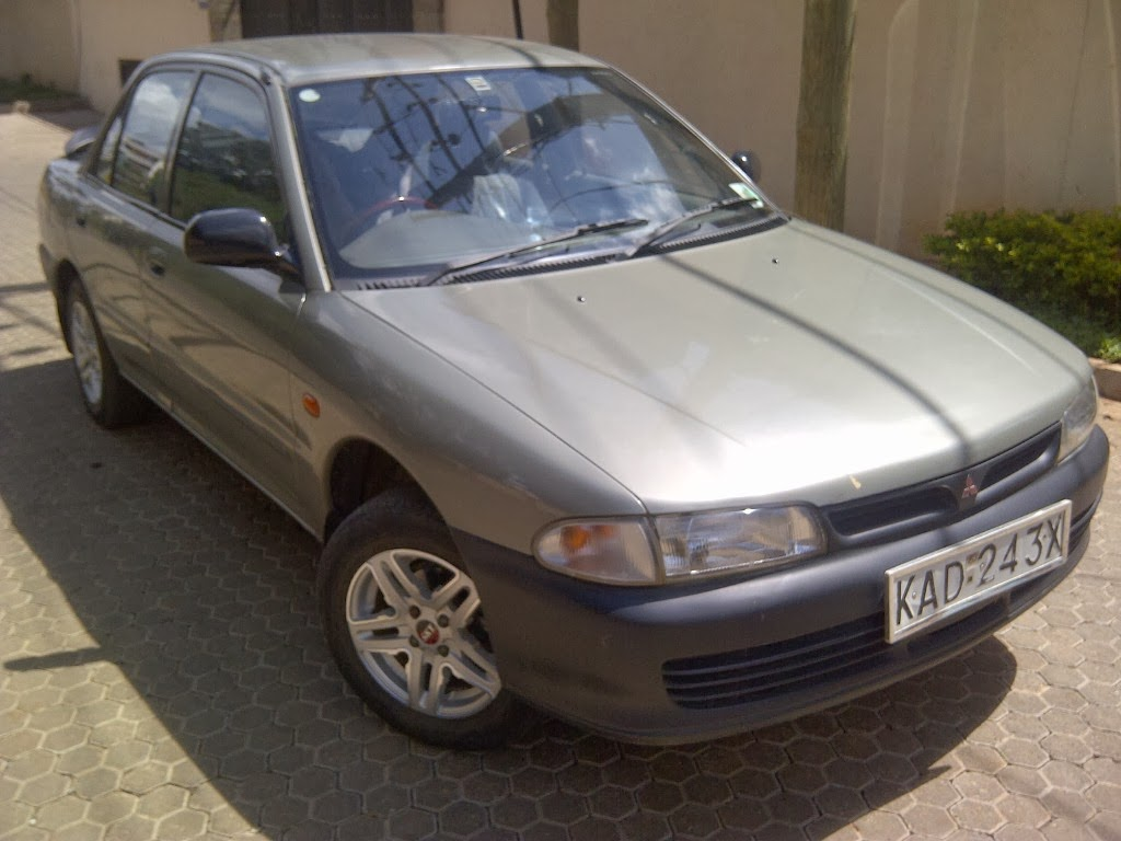 MITSUBISHI LANCER GL LOCAL 1300 CC 5 SPEED MANUAL
