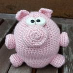 http://www.ravelry.com/patterns/library/no-left-overs-amigurumi-pig