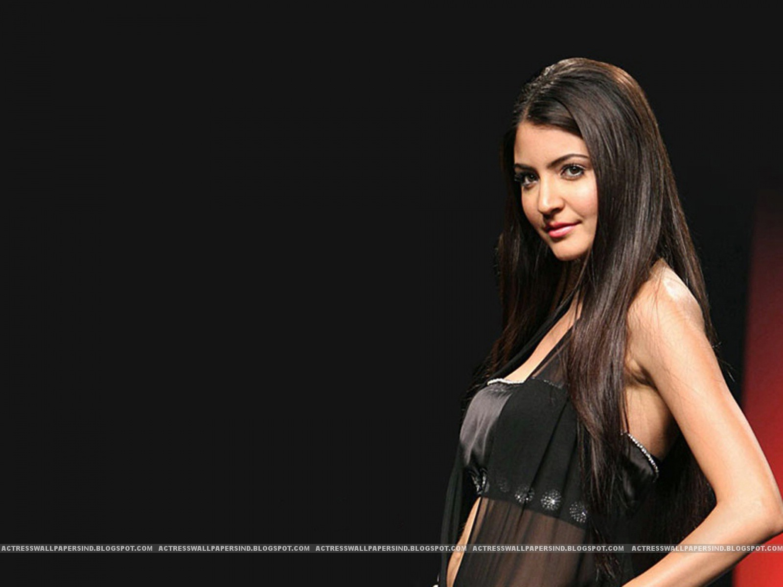 Anushka Sharma Sexy Photos Hd - A Wind-5811