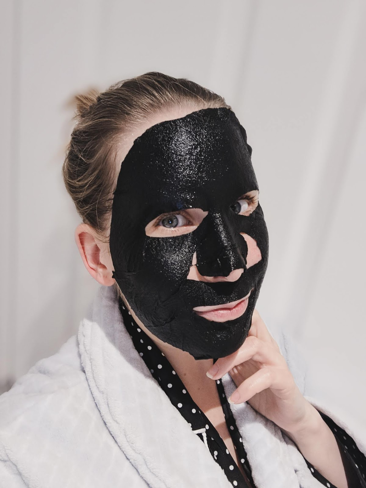 Procoal_marine_moisture_sheet_mask_on_face