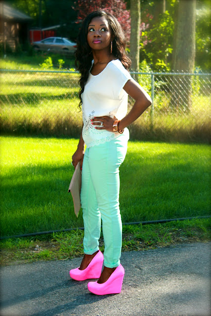 how-to-wear-mint-pants