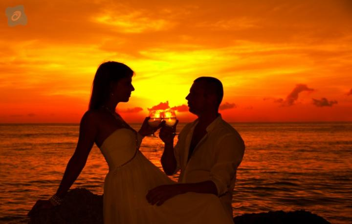 Why to decide Maldives over Dubai for your honeymoon | India