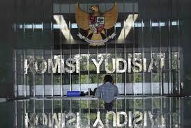 Komisi Yudisial (KY)