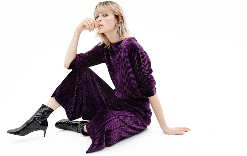Zara Smooth Textures Fall/Winter 2017 Lookbook featuring Edie Campbell