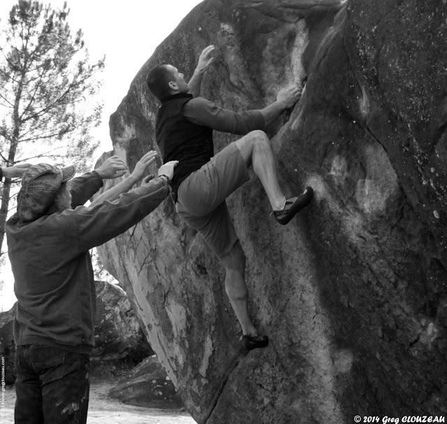 Steph dans La goulotte, 6a, circuit rouge du 91.1, Trois Pignons, (C) 2014 Greg Clouzeau