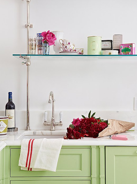 Colorful kitchen ideas for small space | Inspired by the famous Parisian patisserie Ladurée