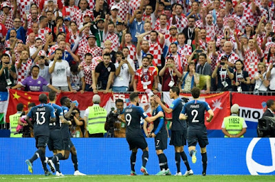 France defeats Croatia and wins 2018 World Cup