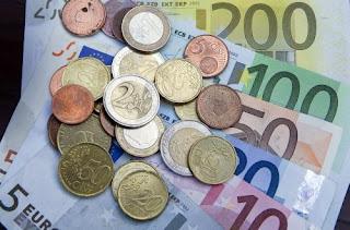 Στον Βόλο κατάργησαν το ευρώ