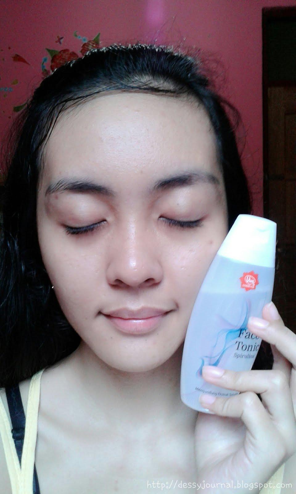 Dessy Journal Review Viva Milk Cleanser Face Tonic Spirulina Paket Pembersih Wajah Green Tea Cosmetics Katanya Dengan Melakukan Dua Langkah Pembersihan Pakai Ini Secara Teratur Dapat Menjadikan