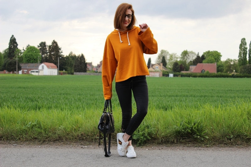 sweat-zara-orange.JPG