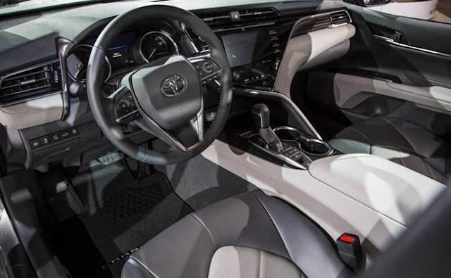 2018 Toyota Camry Interior Specs