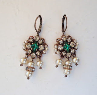 emerald princess earrings. emerald green. antique style. rhinestone earrings.