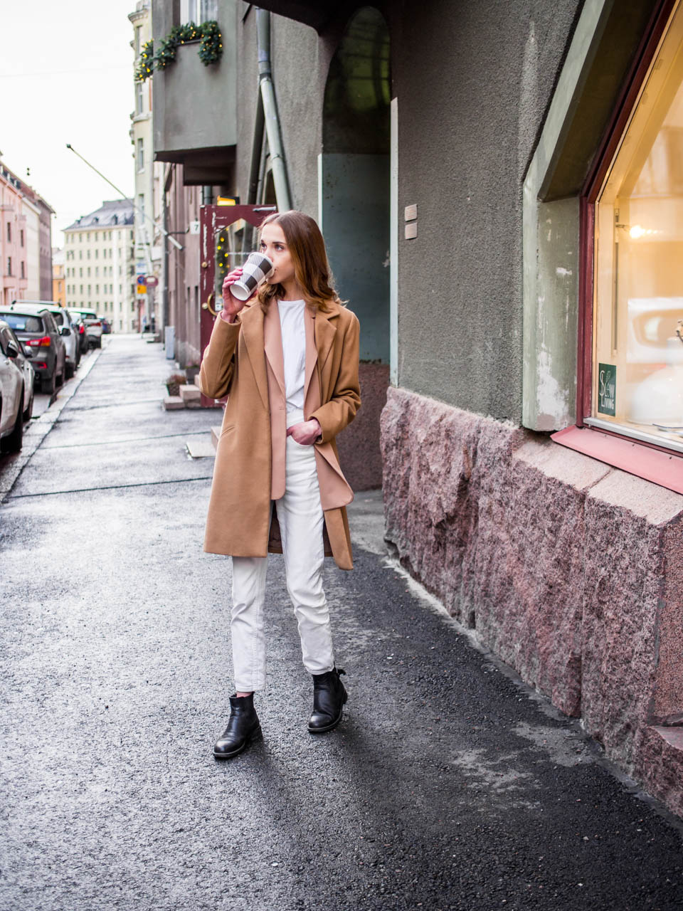 Scandinavian fashion blogger outfit inspiration, neutral colours - Skandinaavinen tyyli, muotibloggaaja, neutraalit värit