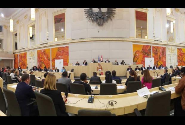 Miembros del Eurolat trataron la crisis migratoria venezolana