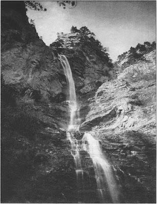 Водопад Учан-Су. Фото середины 1870-х годов. Фонды Алупкинского музея-