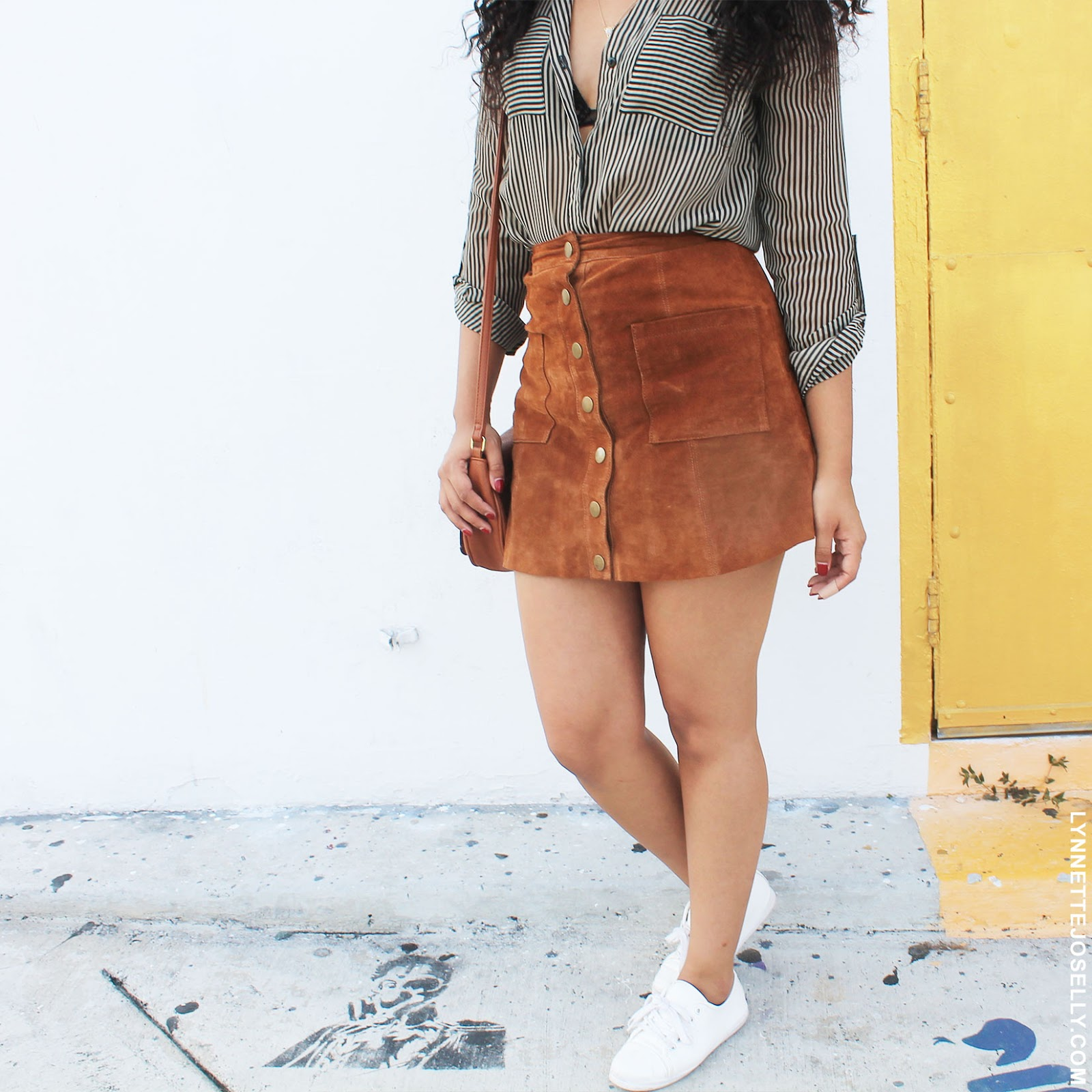 tan-suede-skirt-outfit