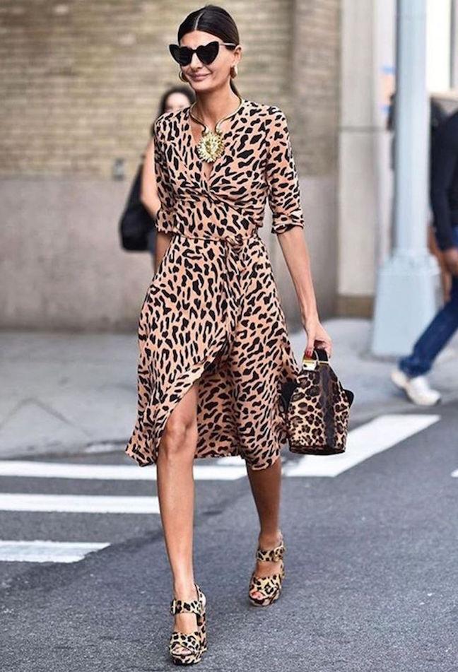 giovanna-battaglia-nyfw-ss18-street-style-leopard-print-wrap-dress