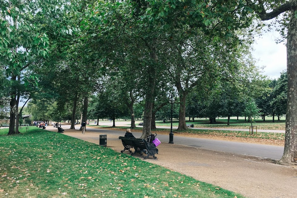 ハイド・パーク(Hyde Park) Serpentine Road