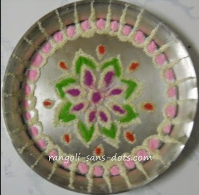 Plate art decoration ideas thermocol paper plate for Aarthi plates decoration