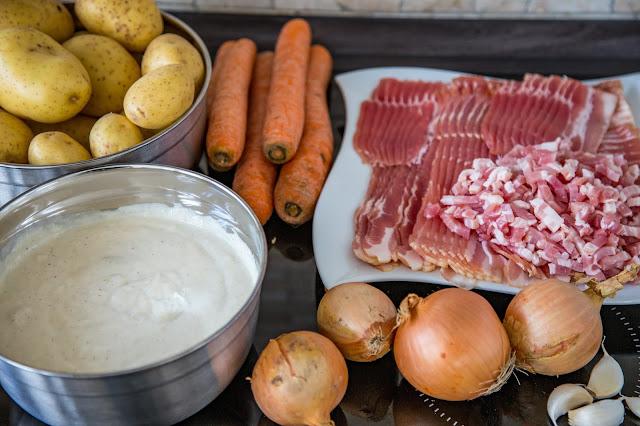 Bacon-Kartoffelauflauf aus dem Dutch-Oven  Outdoor Kitchen  Rezept Dutch Oven 03