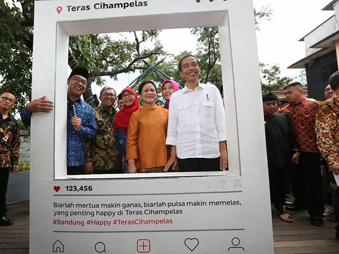 Presiden Jokowi Kunjung Teras Cihampelas