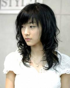 Trend Model Rambut Keriting Gantung Pendek Panjang ...