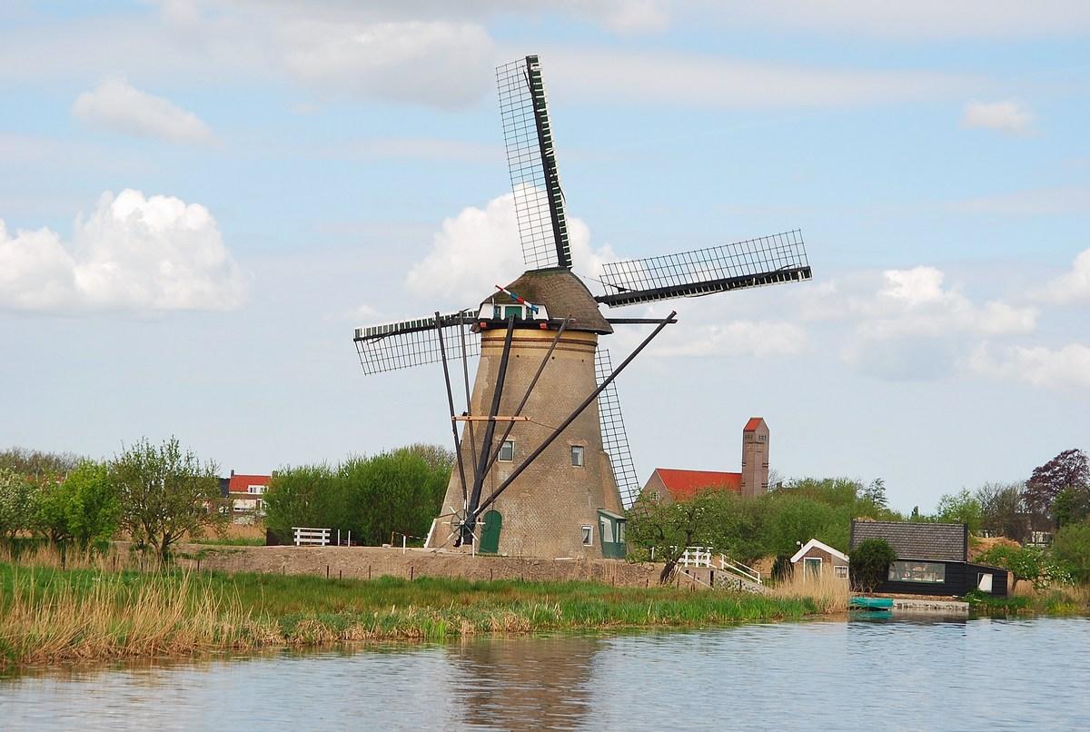 moulin rond en briques Kinderdijk
