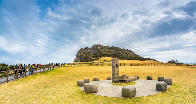 Seongsan Sunrise Peak - Jeju Island - 6D4N Delightful Korea Jeju 12 Nov 2018 - Salika Travel