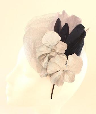 PV 2017 - Coleccion Plata negro 5 Tocado tul flor pluma
