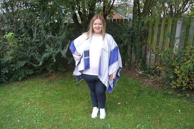 Plus Size Fashion: Ted Baker Cape, River Island Top and Rose Gold Jewellery Image