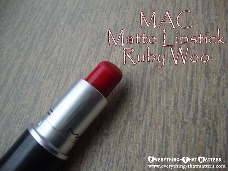 MAC+RubyWoo+lipstick+Swatch+Review