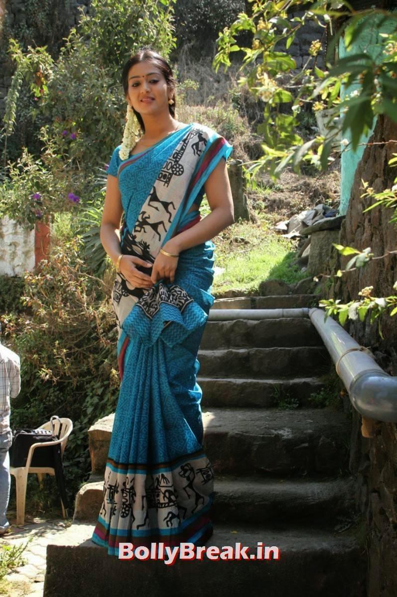 , Varsha Ashwathi Hot Photos in Traditional Wear Saree with Long hair