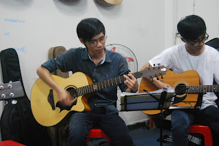 học đàn guitar cơ bản quận 6