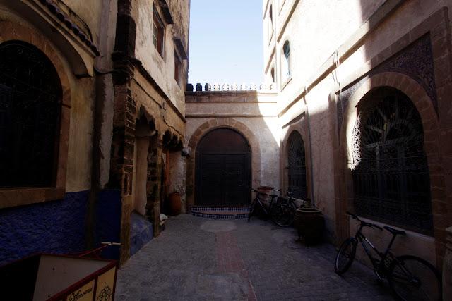 Un callejón solitario de Essaouira