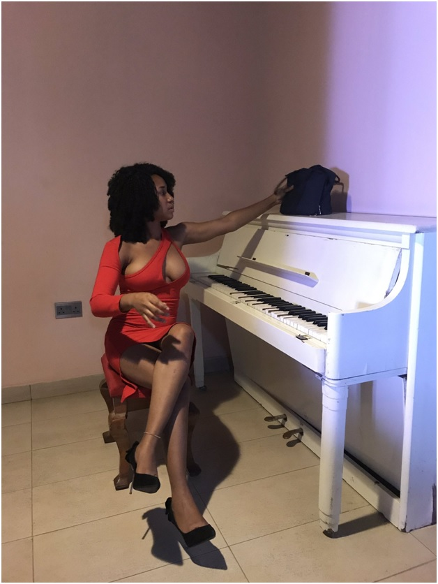 3 - SEXY or TRASHY? This bold LADY's outfit has left tongues wagging and jaws dropping (PHOTOs)