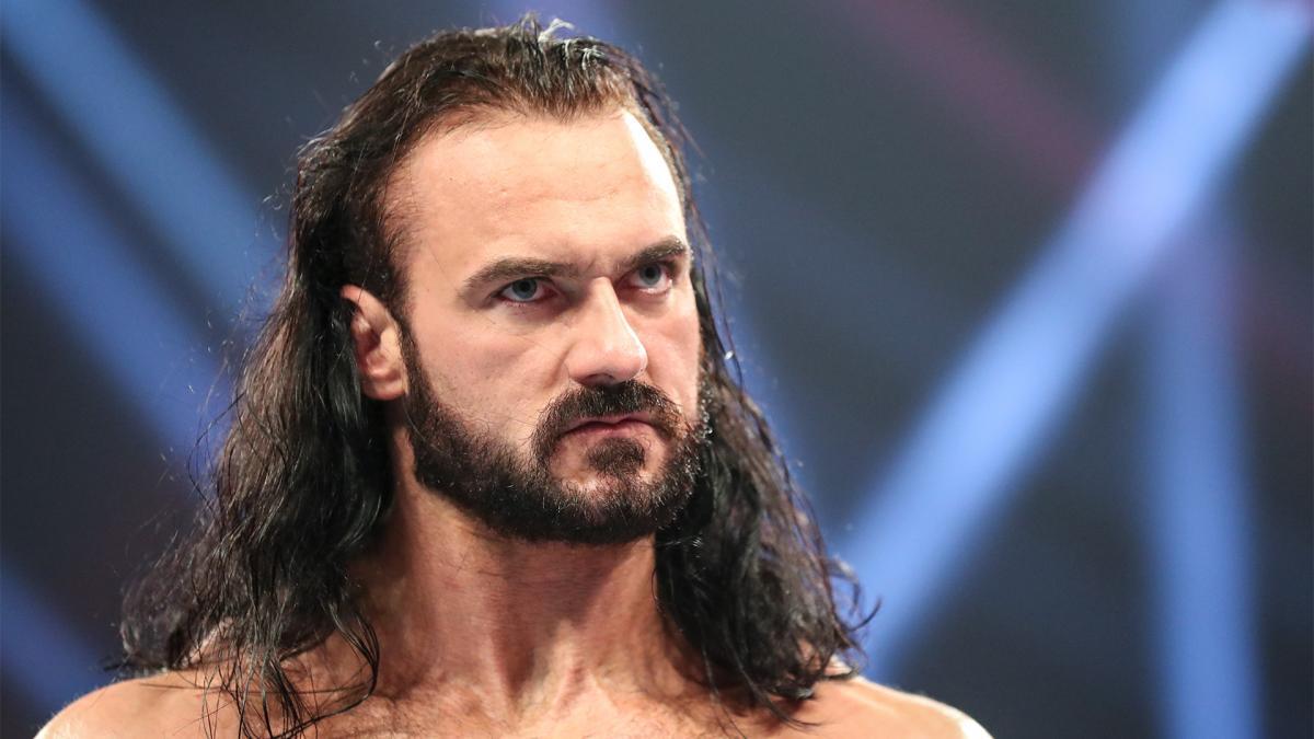 Drew McIntyre fala sobre quais Superstars do RAW e SmackDown chamaram sua atenção