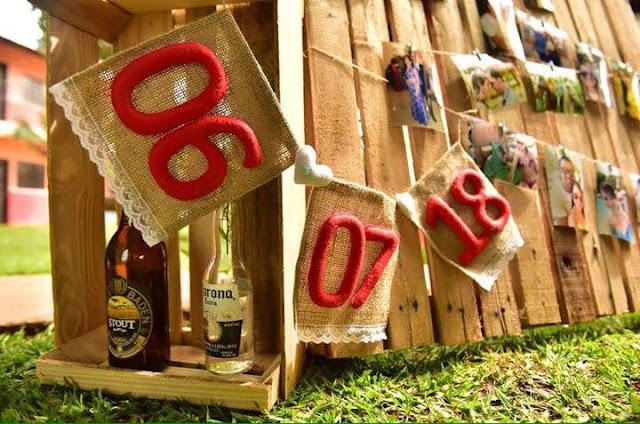 chá bar, noivos felizes, chá de panela, decoração diy, mesa do bolo, decoração amarela e azul, chá bar, rústico, fotografia do casal