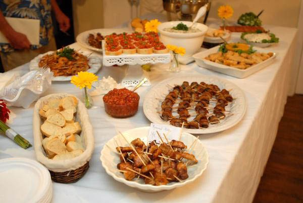 Wedding Reception Food Ideas On A Budget: Wedding Food Ideas: A Beach Wedding No Matter What