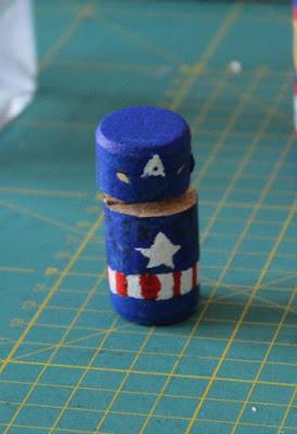 El Capitán America listo para el combate en el juego de mesa
