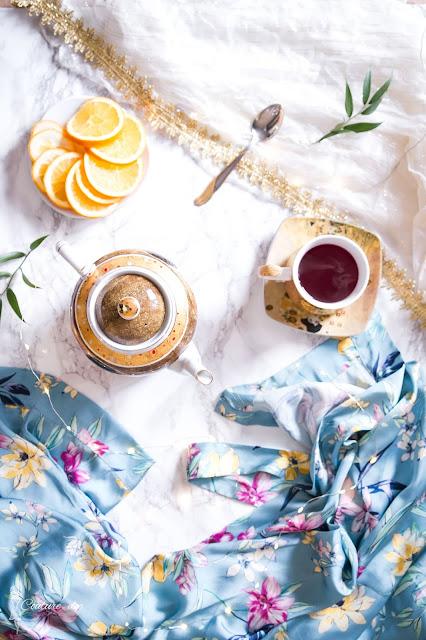 Złota zastawa z motywem Klimta, teatime