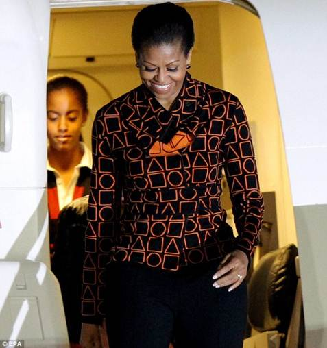 JESTINA GEORGE: SPOTTED: MICHELLE OBAMA ROCKING DURO OLOWU ON HER