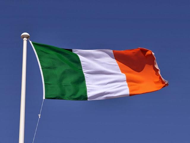Que língua falam na Irlanda