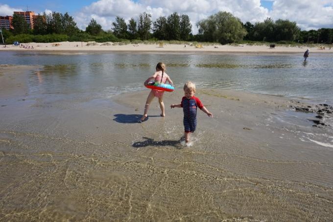 Tallinnaan rantalomalle omilla pyörillä- Stroomin hiekkaranta on hyvä lapsiperheelle