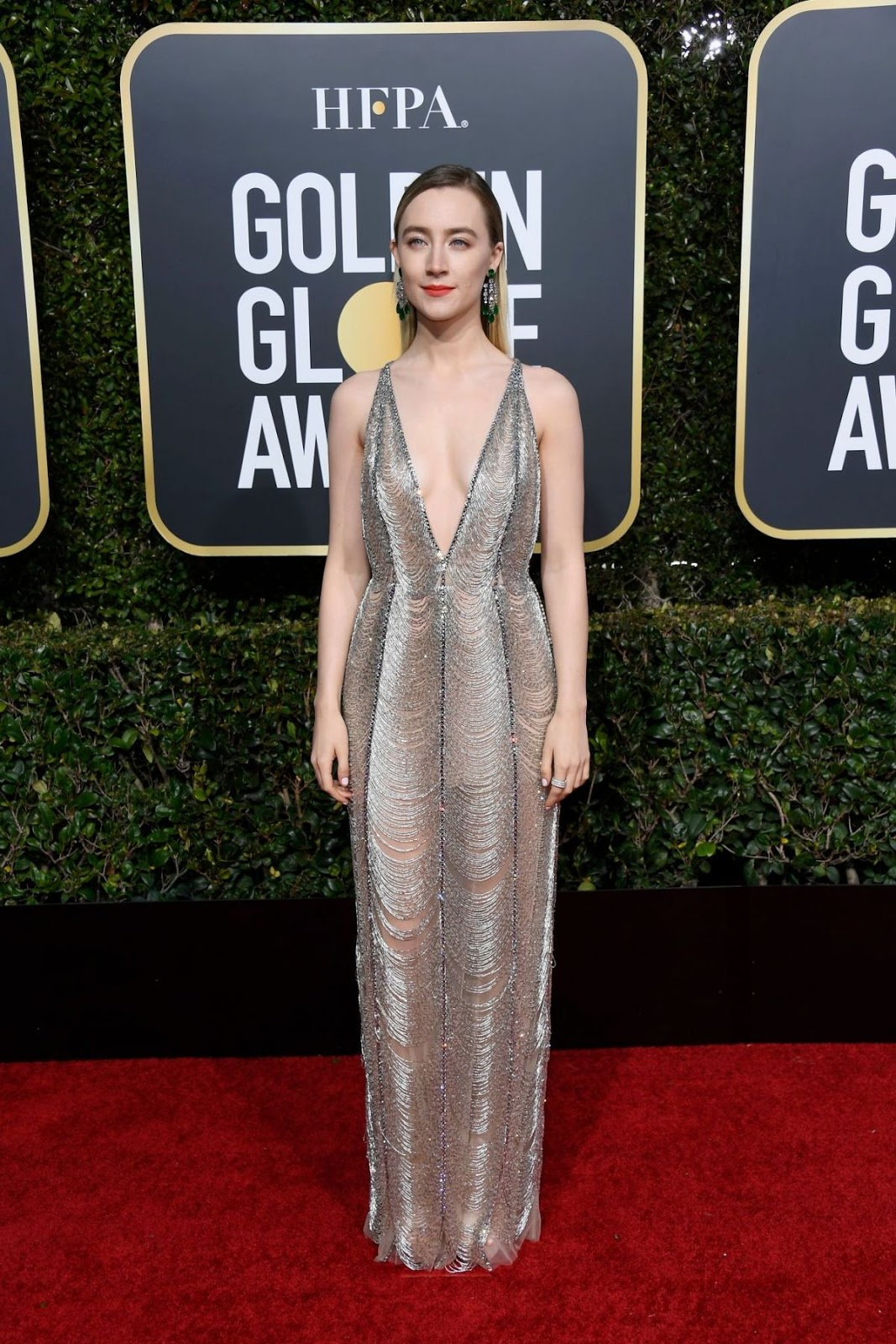 f0e8f1e28 Saoirse Ronan goes glam in Gucci at the 2019 Golden Globes