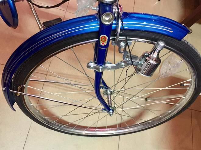 Hoài niệm cả bầu trời tuổi thơ với xe đạp Phượng hoàng giá 3,3 triệu đồng - Ảnh 4.