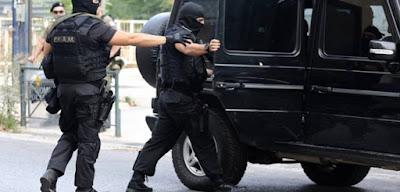 «Φωλιά» τζιχαντιστών (;) στο κέντρο της Αθήνας – Έφοδος και συλλήψεις από την Αντιτρομοκρατική – Σχεδίαζαν επίθεση