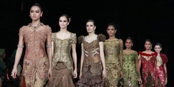 Foto Trend Kebaya Remaja 2016 Model Berkebaya Anak Muda