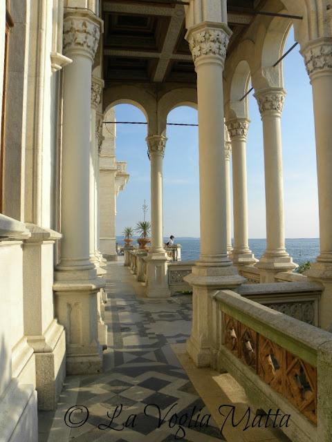 Castello di Miramare a Trieste esterno